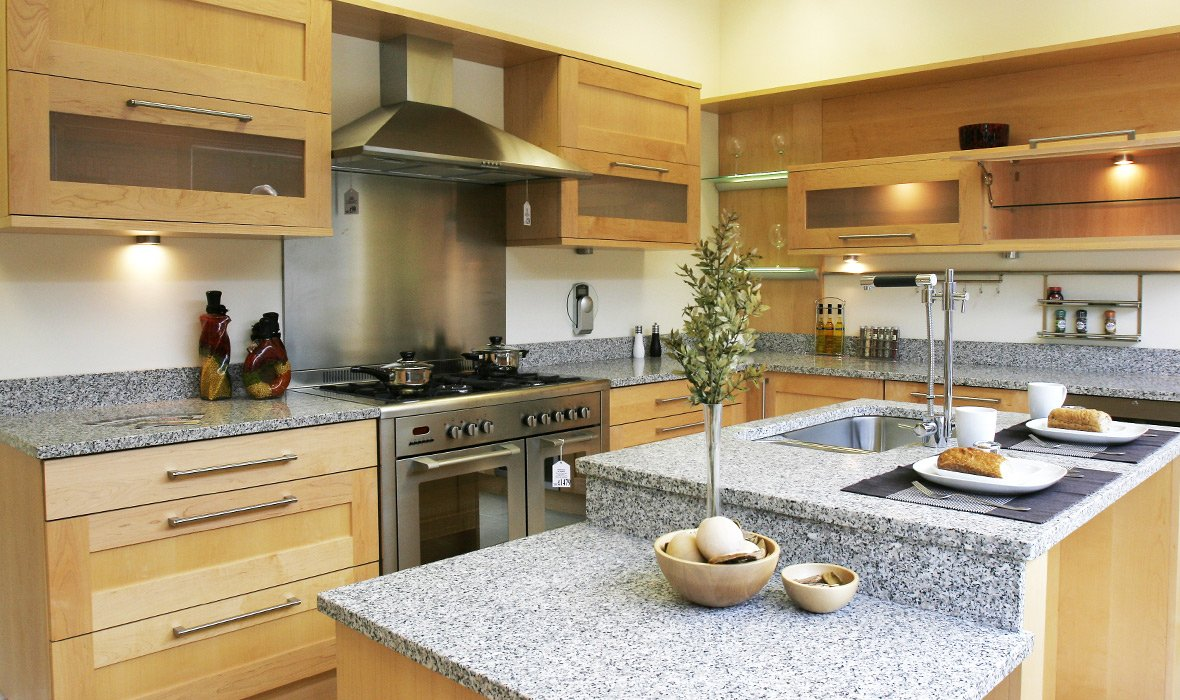 100 kitchens designer lowes virtual kitchen for Fitted kitchen designs